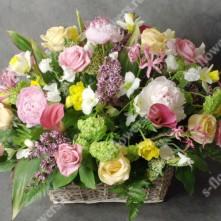 Корзина с цветами номер - 1235